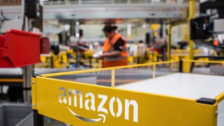Los trabajadores de esta planta de Amazon denuncian condiciones que vulneran sus derechos
