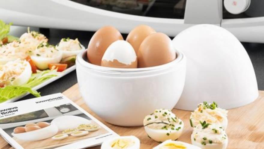 El huevo puede explotar si no se cocina adecuadamente en el microondas