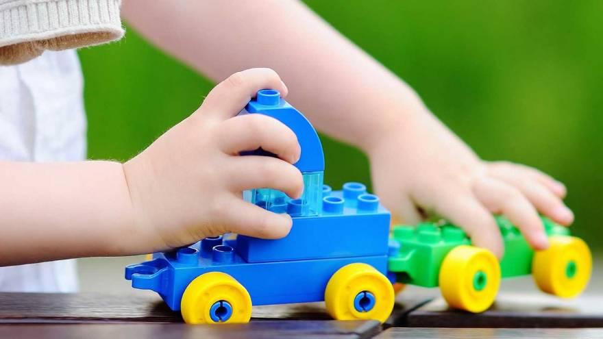 Los expertos aseguran que los juguetes de plástico podrían tener más de 120 sustancias químicas tóxicas