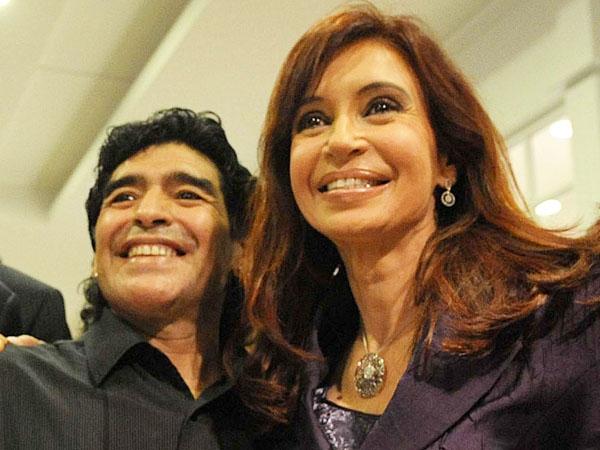 Con Cristina Kirchner, Maradona mostró una fuerte sintonía, en coincidencia con su época de DT de la selección