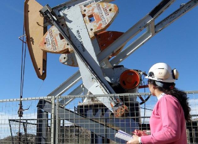 Las carreras universitarias vinculadas a la industria de hidrocarburos están reconocidas entre las áreas estratégicas