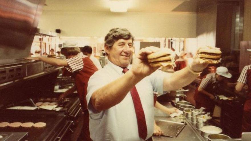 Jim Delligati, creador del Big Mac, quien falleció en 2016 a los 98 años