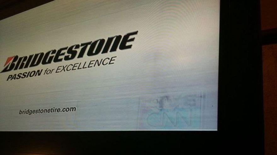En este TV se dejó mucho tiempo el canal CNN. Y el logo estático se grabó a