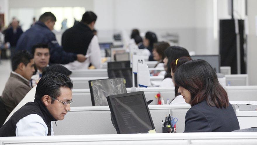 El Estado toma la delantera y extiende las liciencias a sus trabajadores