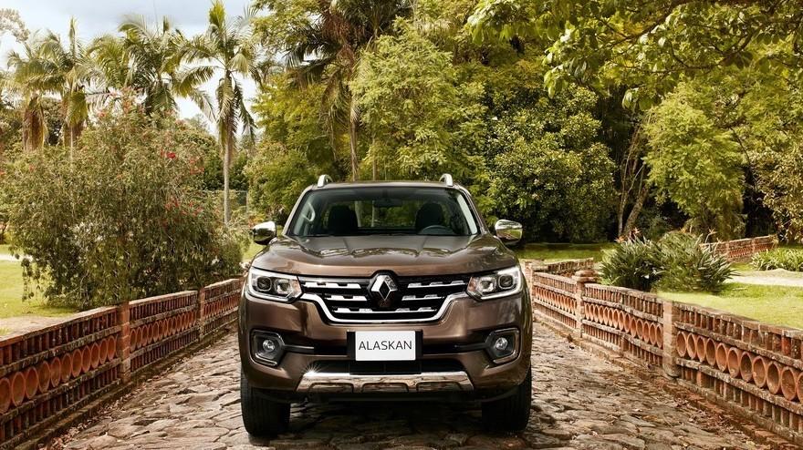 Renault Alaskan, así es el frontal.