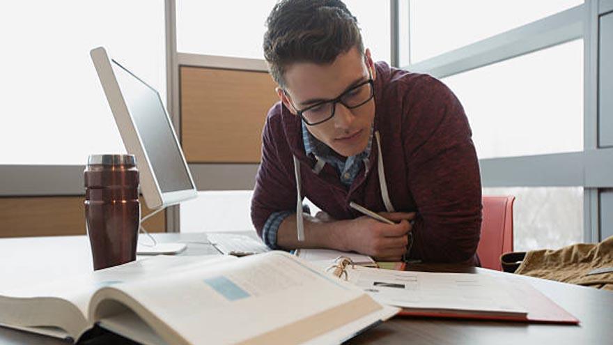 Es muy amplia la variedad de carreras que se pueden estudiar en la UBA
