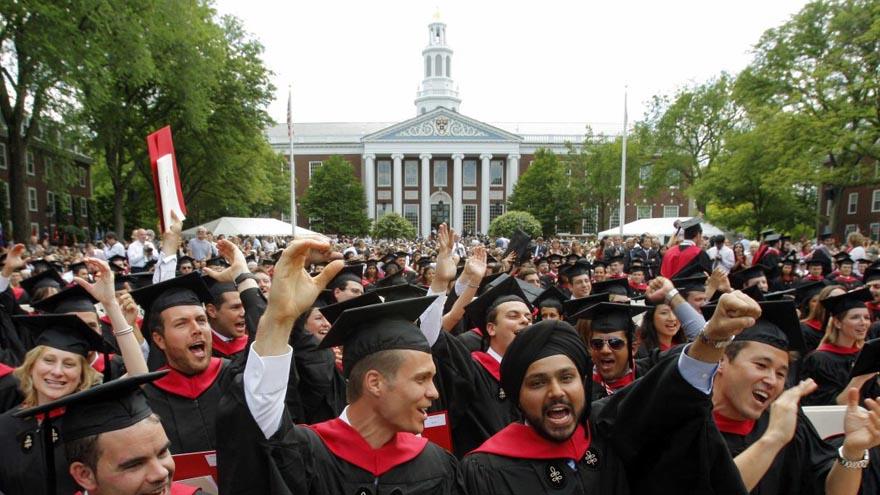 Los graduados de Harvard están entre las personas más ricas del mundo