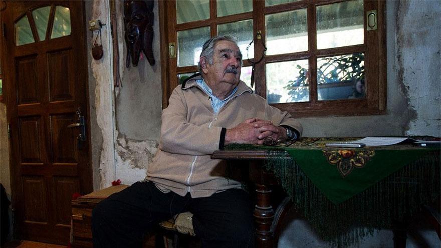 José Mujica abandonó su banca en el Senado y a los 85 años decidió abandonar la política