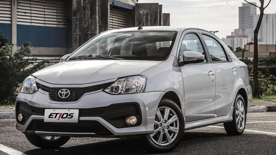 Toyota Etios, el más barato en dólares.