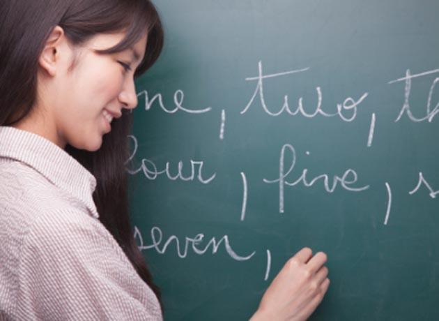La enseñanza de idiomas y traducciones son negocios con salida laboral