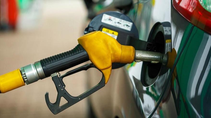 El gas oil se diferencia entre el común y el premium.