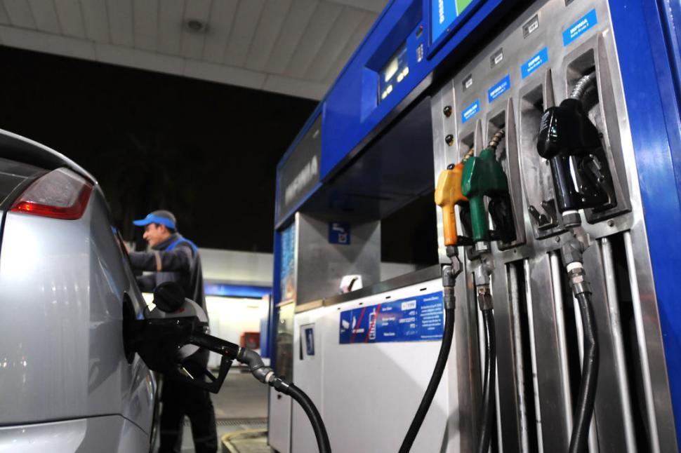 Naftas: la Ciudad de Buenos Aires sufrió la caída más abrupta en ventas.