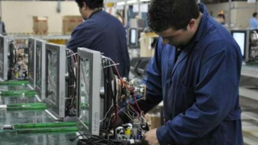 Después de dos meses se reactiva la actividad en fábricas de electrónica