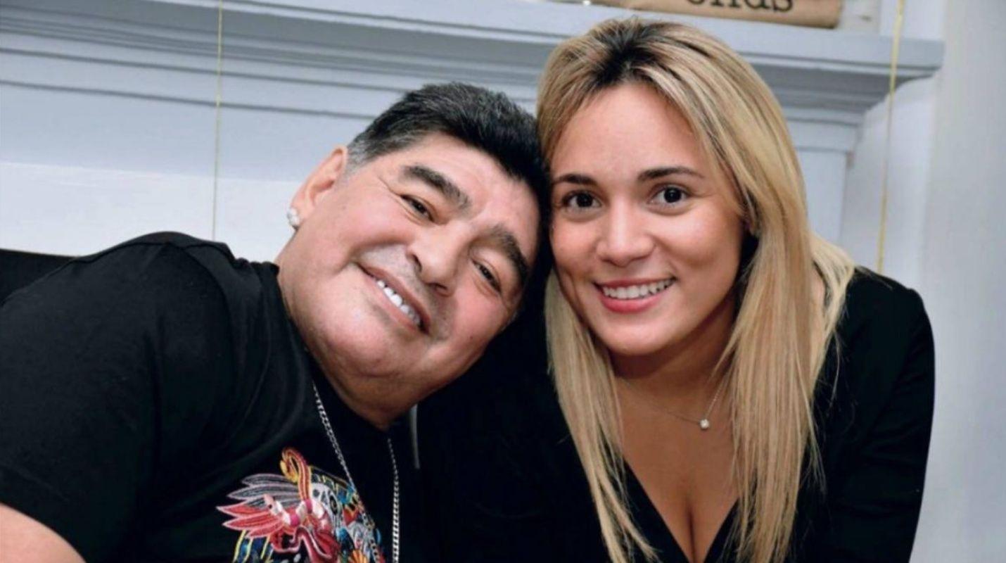 Maradona le donó casi medio millón de dólares en vida a la que fue su última pareja oficial