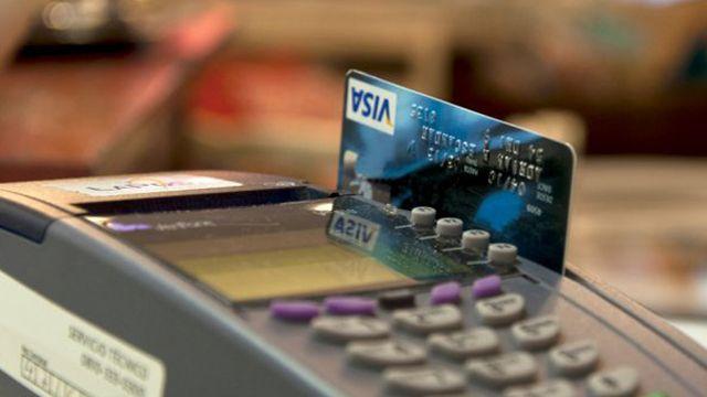Los comercios deberán informar los medios de pago que acepten