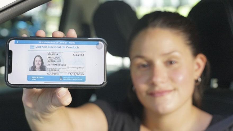 La licencia de conducir puede llevarse de forma digital.