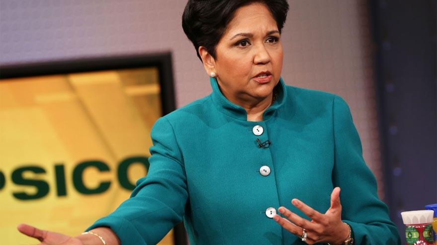 Indra Nooyi fue la primera mujer y primera inmigrante en dirigir PepsiCo