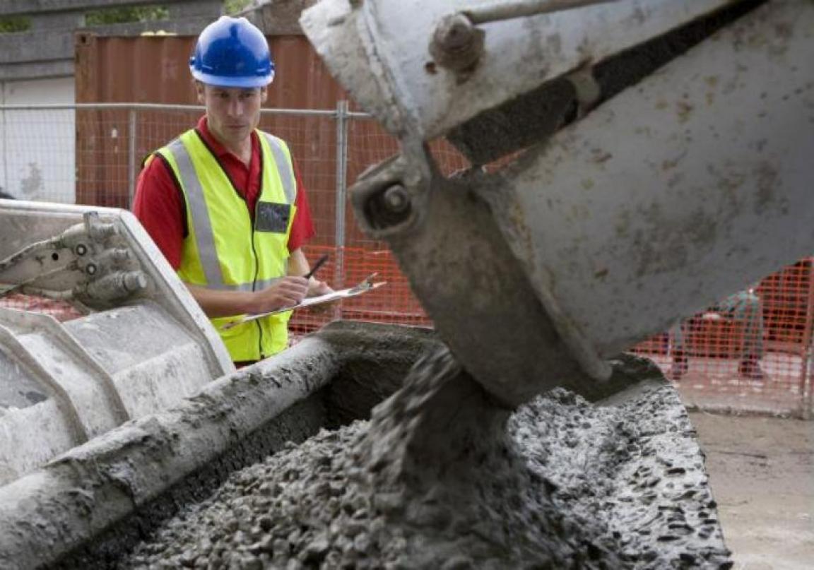 los despachos de cemento, que en octubre registró una recuperación interanual de nada menos que el 13,2%
