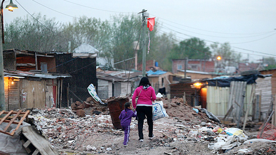 Seis de cada 10 chicos y jóvenes de la Argentina son pobres según la UCA