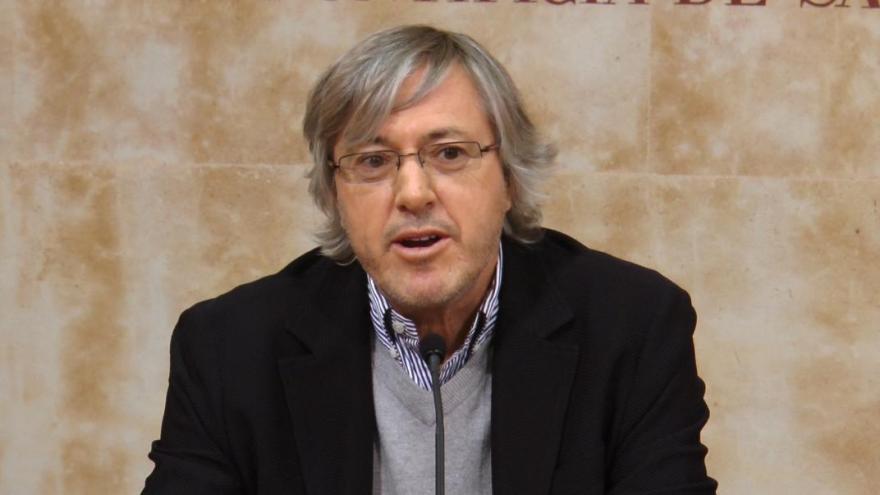 Alberto Roemmers, al frente de uno de los principales laboratorios del país.