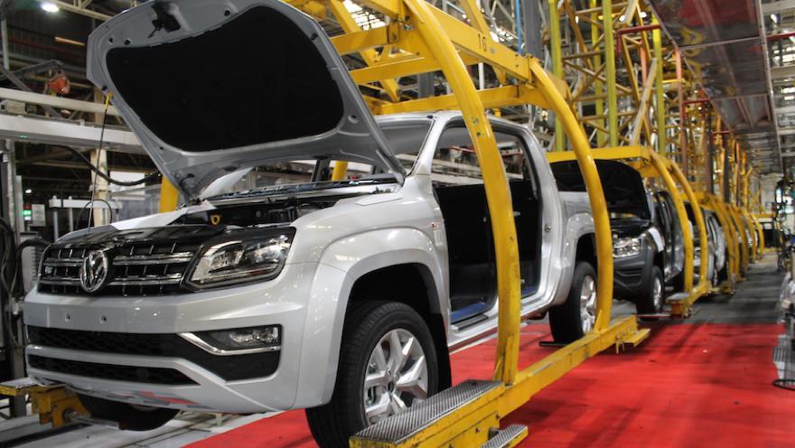 Amarok, la segunda camioneta en ventas, fabricada en la Argentina.