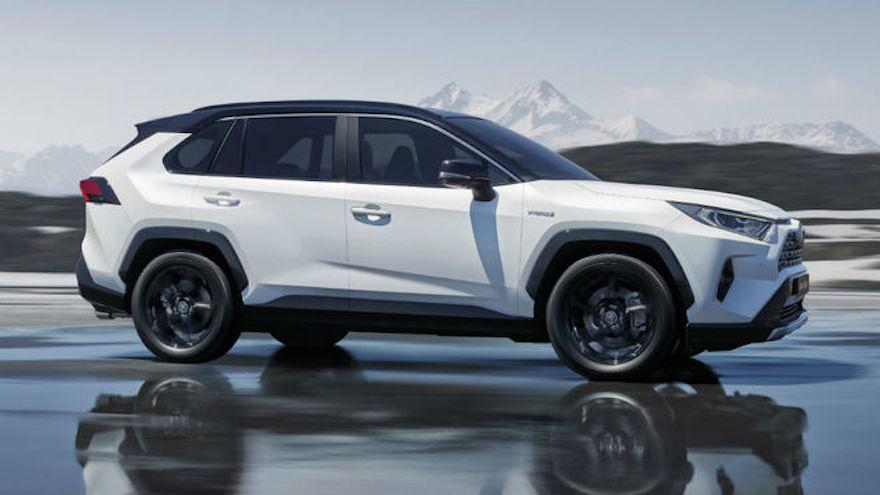 Toyota RAV4 híbrida, cada vez con más ventas.
