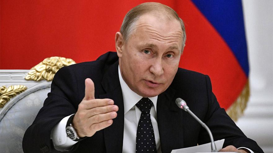 Putin anunció la vacuna: las potencias están en una carrera por lograrla.