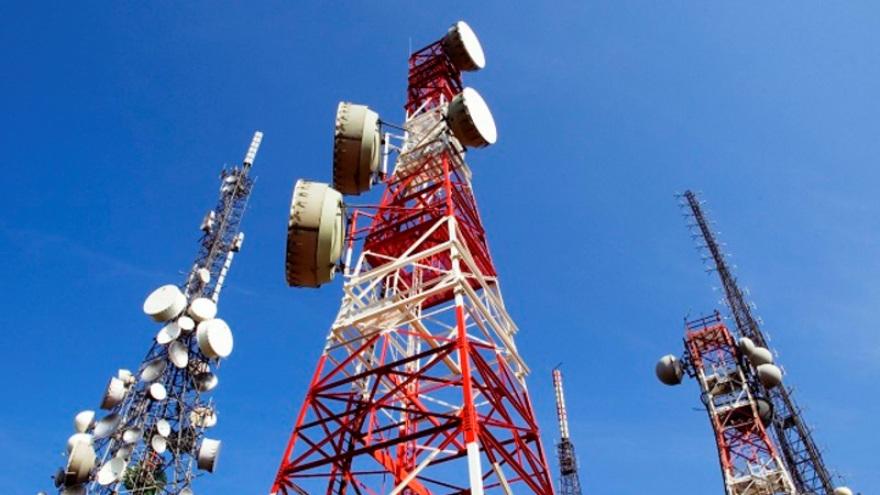 El decreto de telecomunicaciones genero alerta en el sector empresario.