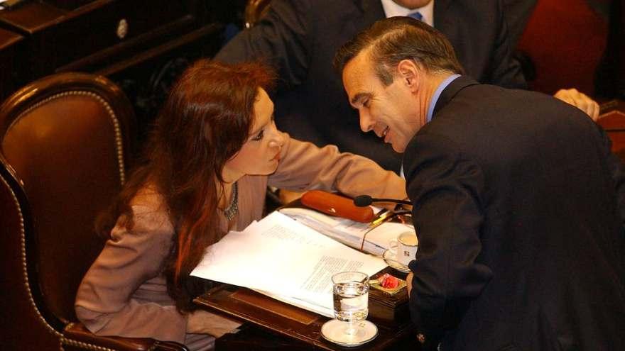 Pichetto con Cristina Kirchner en el Senado