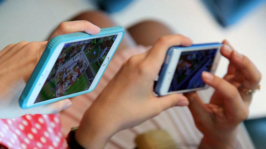 El parque argentino de celulares corre riesgo de sufrir un grave retraso.