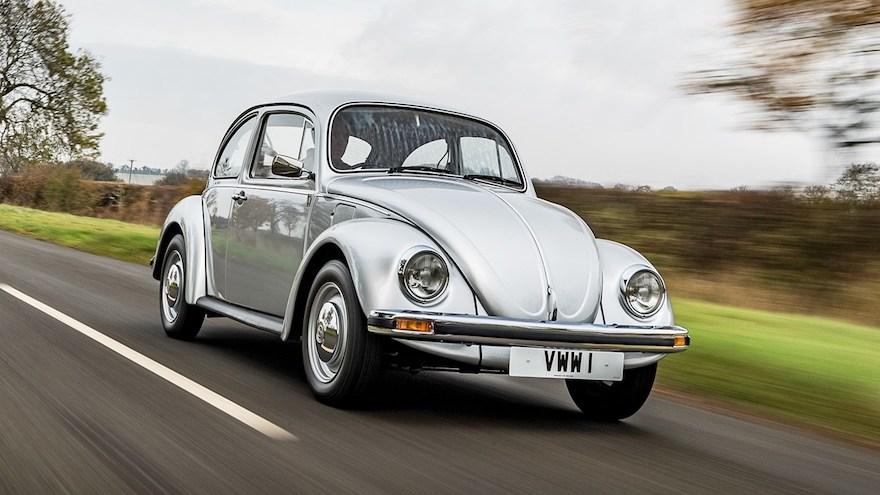 Autos antiguos aún vigentes: Volkswagen Beetle.
