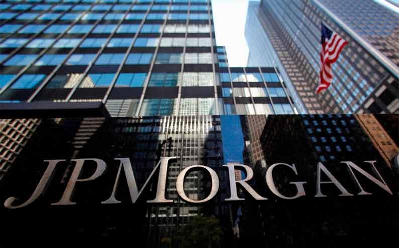 El riesgo país que mide el JP Morgan bajó este martes otro 2%