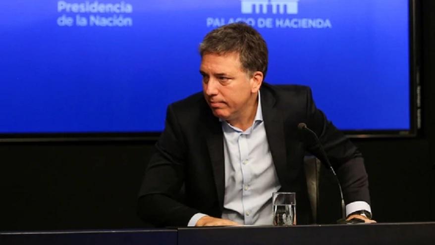 El ex ministro, que firmó el acuerdo con el FMI, quedó en el ojo de la tormenta tras el anuncio de la querella por la deuda