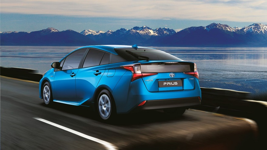 Toyota Prius, el primer híbrido del mundo.