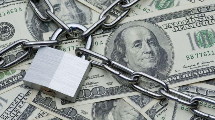 El cepo cambiario de u$s200 mensuales fue instaurado en octubre de 2019
