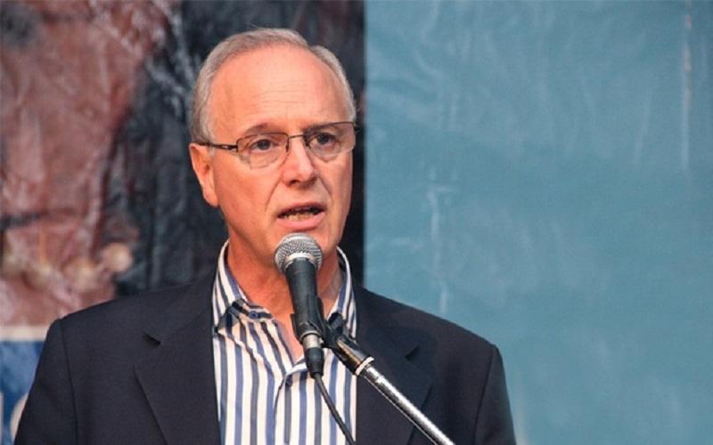 Daniel Gollán criticó a las autoridades porteñas por la apertura de los bares