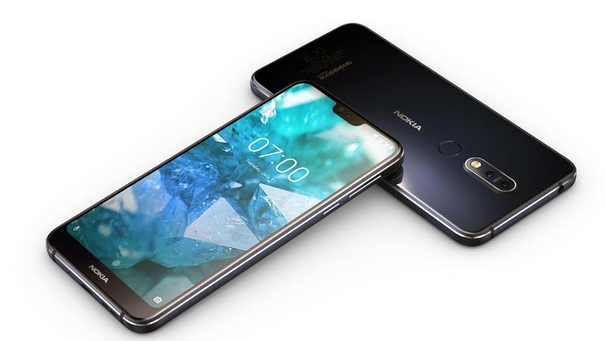 El modelo de Nokia luce líneas sobrias y sólidas de diseño.