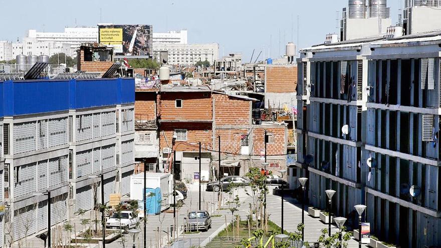 El Barrio Mugica, uno de los más afectados por la pandemia en Buenos Aires.