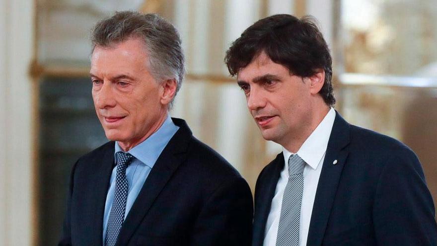 Macri junto a Hernán Lacunza, ministro de Hacienda del último tramo de su gestión.
