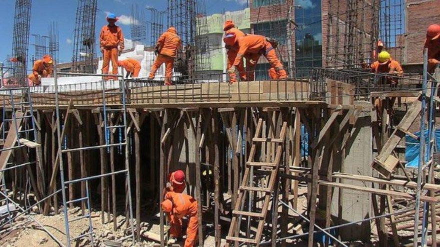 La construcción volverá a la Provincia bajo un estricto control