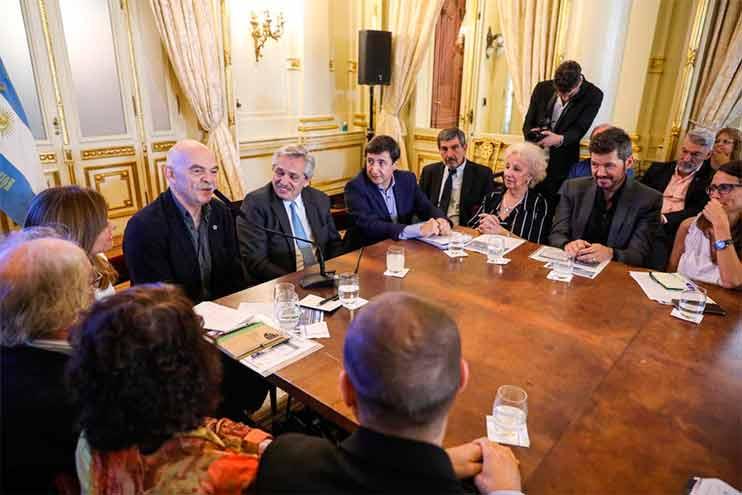 Al inicio de su mandato, Alberto Fernández convocó al consejo para diseñar planes de emergencia contra el hambre