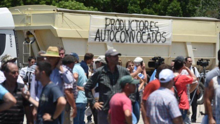 Las protestas en el interior del país convencieron a Alberto Fernández sobre un drástico cambio en la asignación de recursos
