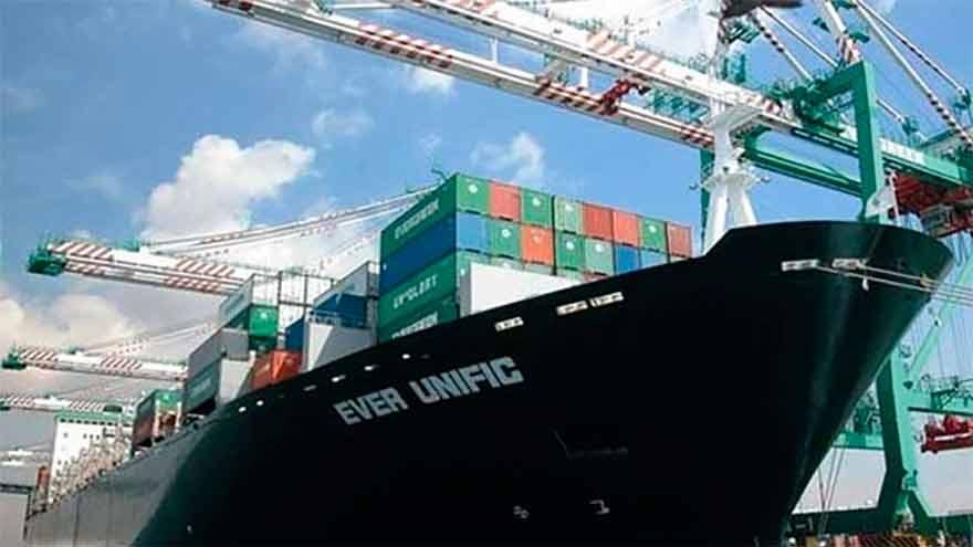 Para fomentar las exportaciones, hay que bajarle los costos y otorgarles financiamiento