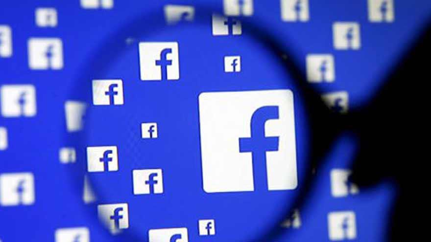El escándalo de Cambridge Analytica reveló el uso de datos personales obtenidos de Facebook.