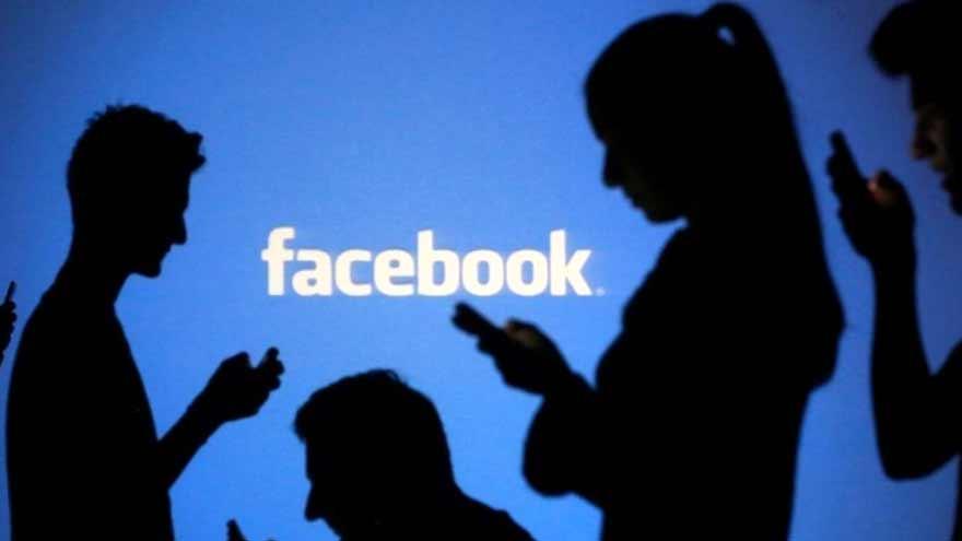 Millones de personas comparten su vida en Facebook.