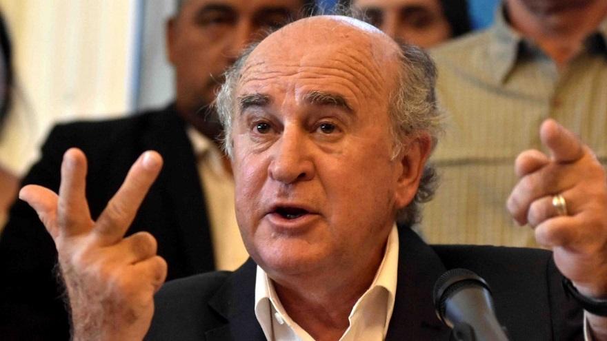 El senador Parrilli rechazó la versión de Clarín sobre las PASO.