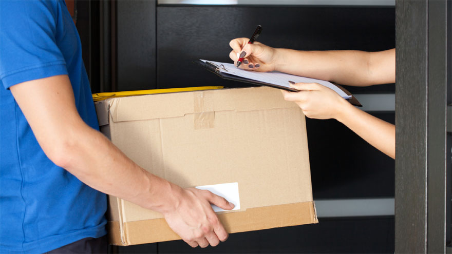 La venta y envío de productos a domicilio es una buena manera de emprender con pocos recursos