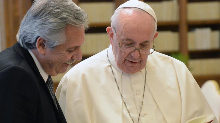 El impulso del Gobierno al proyecto de aborto legal marcó un punto de quiebre en la relación con el Vaticano