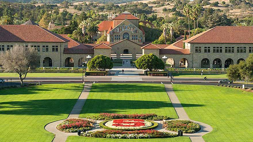 La Universidad de Stanford, cuna del Silicon Valley.