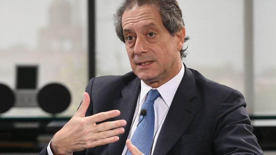 Pesce justificó las medidas con el argumento de que había que dar una señal de estabilidad al mercado.